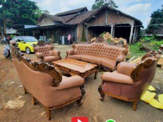 Kursi sofa tamu mewah jepara