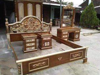 Set kamar tidur tiara
